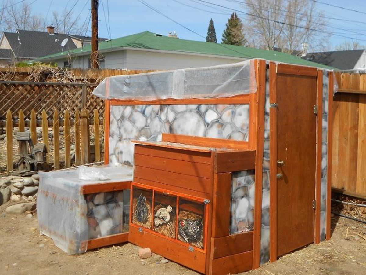 How to Build a Chicken Coop for $200 or Less