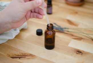 How to Safely Use Essential Oils with Chickens